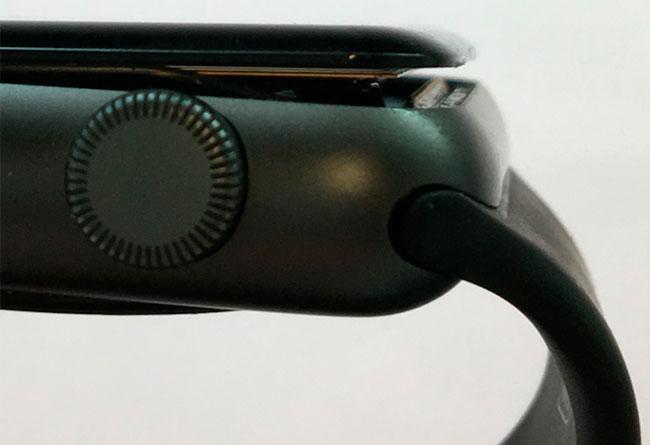 Apple Watch batería desplazada